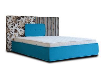 Кровать с матрасом 160 200